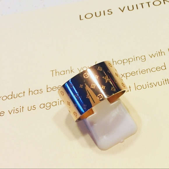 3a9f9998f4b Louis Vuitton Jewelry - Women s Ring rose gold size 9